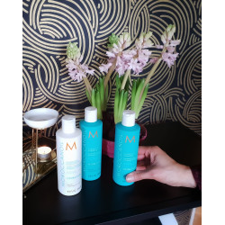 Moroccan Oil Bundle Offer 50% OFF second bottle of shampoo- Hydrating Shampoo x 2 + Conditioner